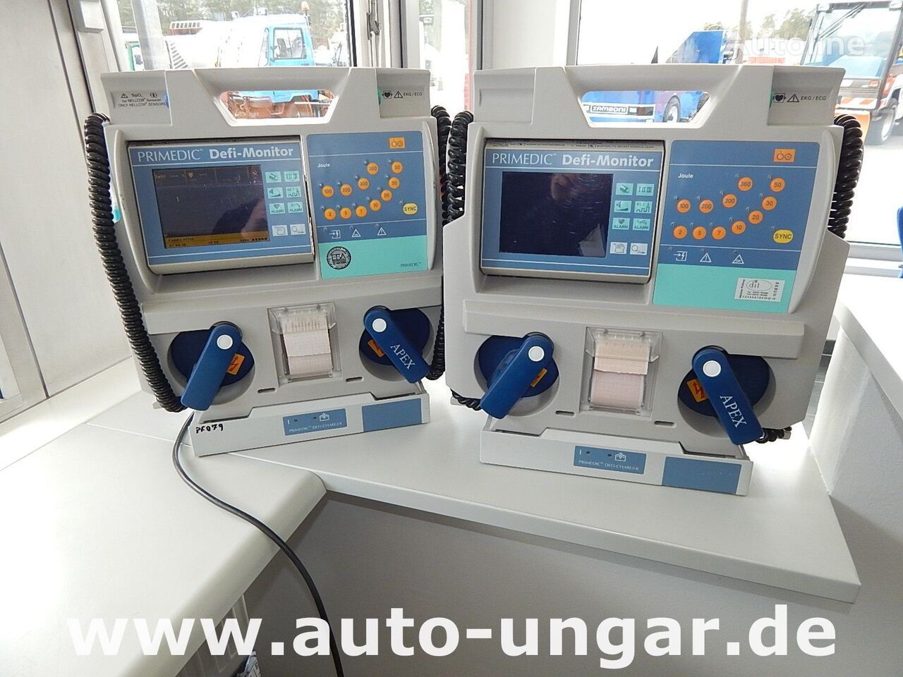 інше обладнання Primedic Defi-Monitor mit Ladestation - 2x auf Lager
