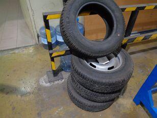 колесо Pirelli P2000