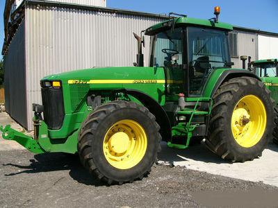колісний трактор JOHN DEERE 8300