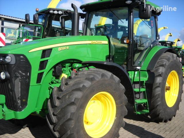 колісний трактор JOHN DEERE 8320 R (НОВЫЙ)