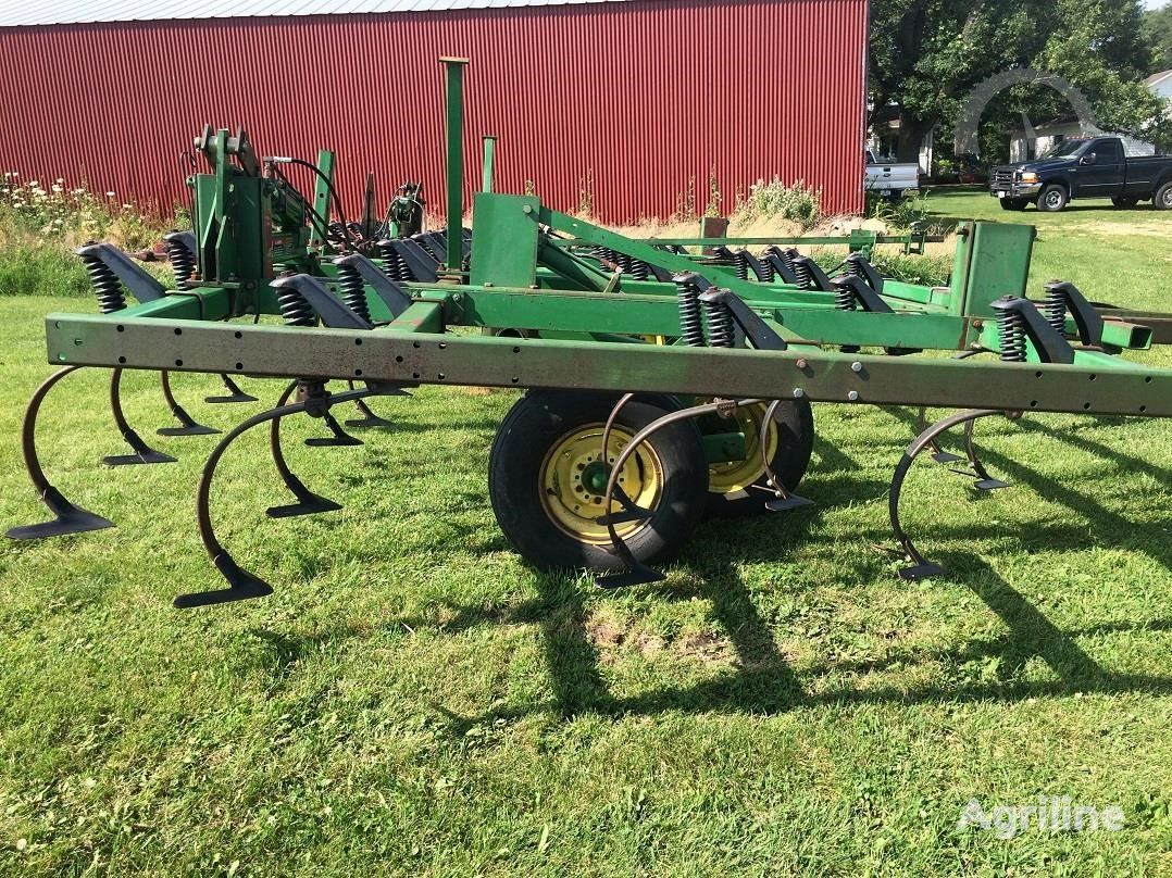 культиватор JOHN DEERE 960 6,7 м В НАЛИЧИИ из США, для трактора 150 сил, из США