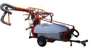 новий обприскувач причіпний MaxiMarin Опрыскиватель для виноградников, прицепной с турбиной