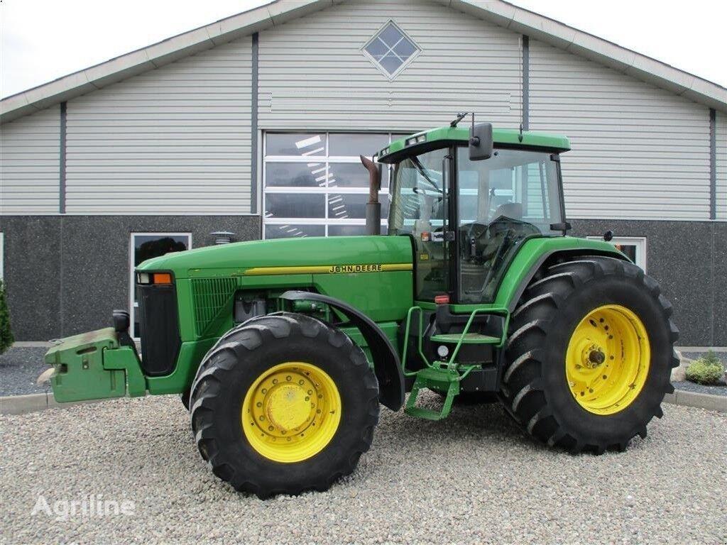 трактор колісний JOHN DEERE 8400 R