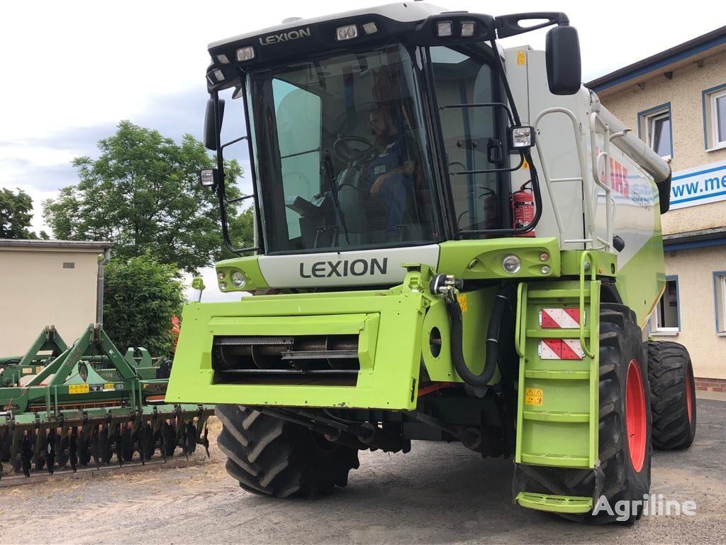 зернозбиральний комбайн CLAAS Lexion 570