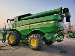 зернозбиральний комбайн JOHN DEERE S660