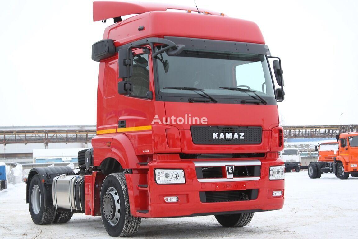 новий тягач КАМАЗ 5490