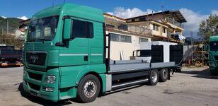 бортова вантажiвка MAN TGX 26.440