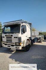 бортова вантажiвка SCANIA P93 H 250 left hand drive 6X2 10 tyres 26 ton air con