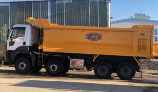 самоскид Ford Trucks 4142 XD