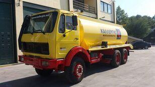 вантажівка автоцистерна MERCEDES-BENZ 2635