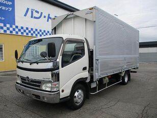 вантажівка фургон HINO Dutro