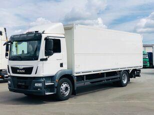 вантажівка фургон MAN TGM 18.290 Italszállító Emelőhátfallal