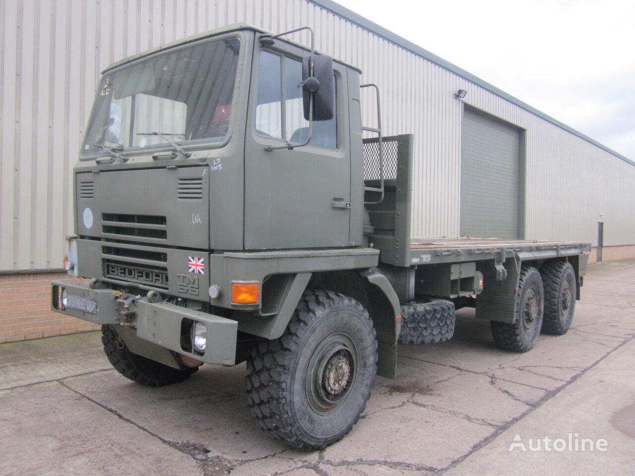 вантажівка платформа BEDFORD TM 6x6