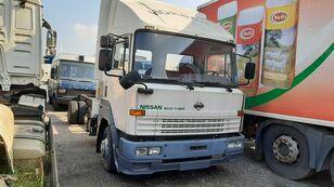 вантажівка шасі NISSAN ECO T-160 / 6 x Cylinders Full Spring