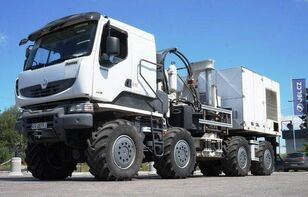вантажівка шасі THOMAS CONSTRUCTEURS [Other] 8x8 THOMAS Low speed truck with hydraulic drive!