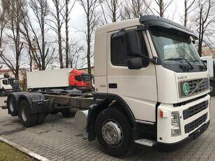 вантажівка шасі VOLVO FM9 300