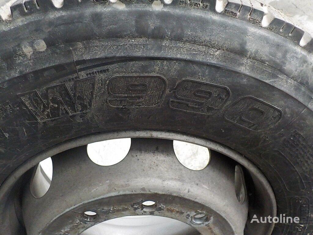вантажна шина Bridgestone W990