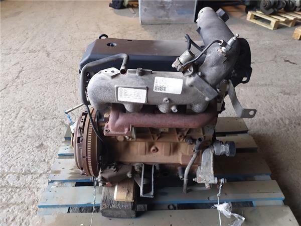 двигун IVECO Despiece Motor Iveco Daily II 35 S 11,35 C 11 (500373171) до тягача IVECO Daily II 35 S 11,35 C 11