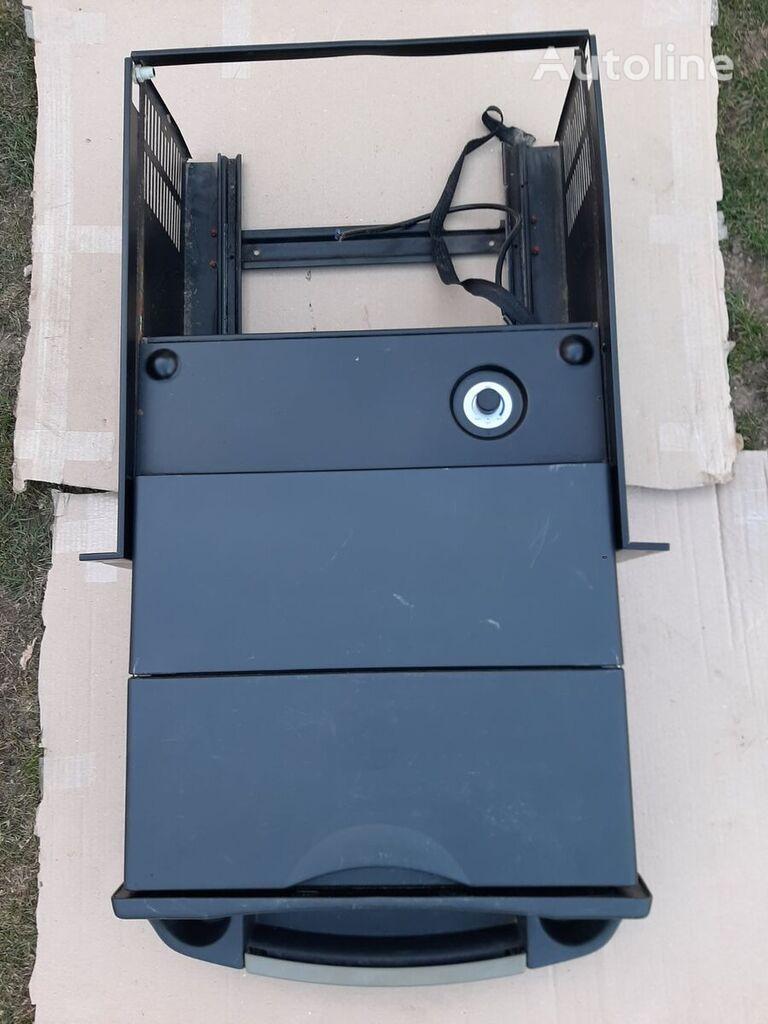 холодильник (5010605062) до тягача RENAULT PREMIUM
