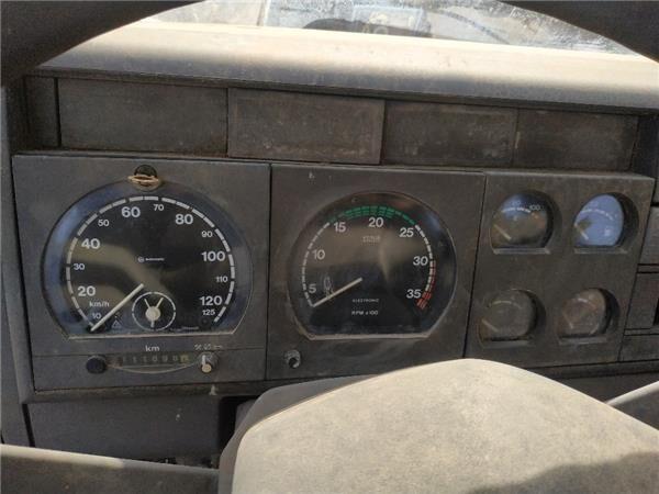 панель приладів IVECO Cuadro Completo Iveco EuroCargo FG     (Typ 100 E 15) [5,9 Ltr.  (4822918) до вантажівки IVECO EuroCargo FG (Typ 100 E 15) [5,9 Ltr. - 105 kW Diesel] за запчастинами