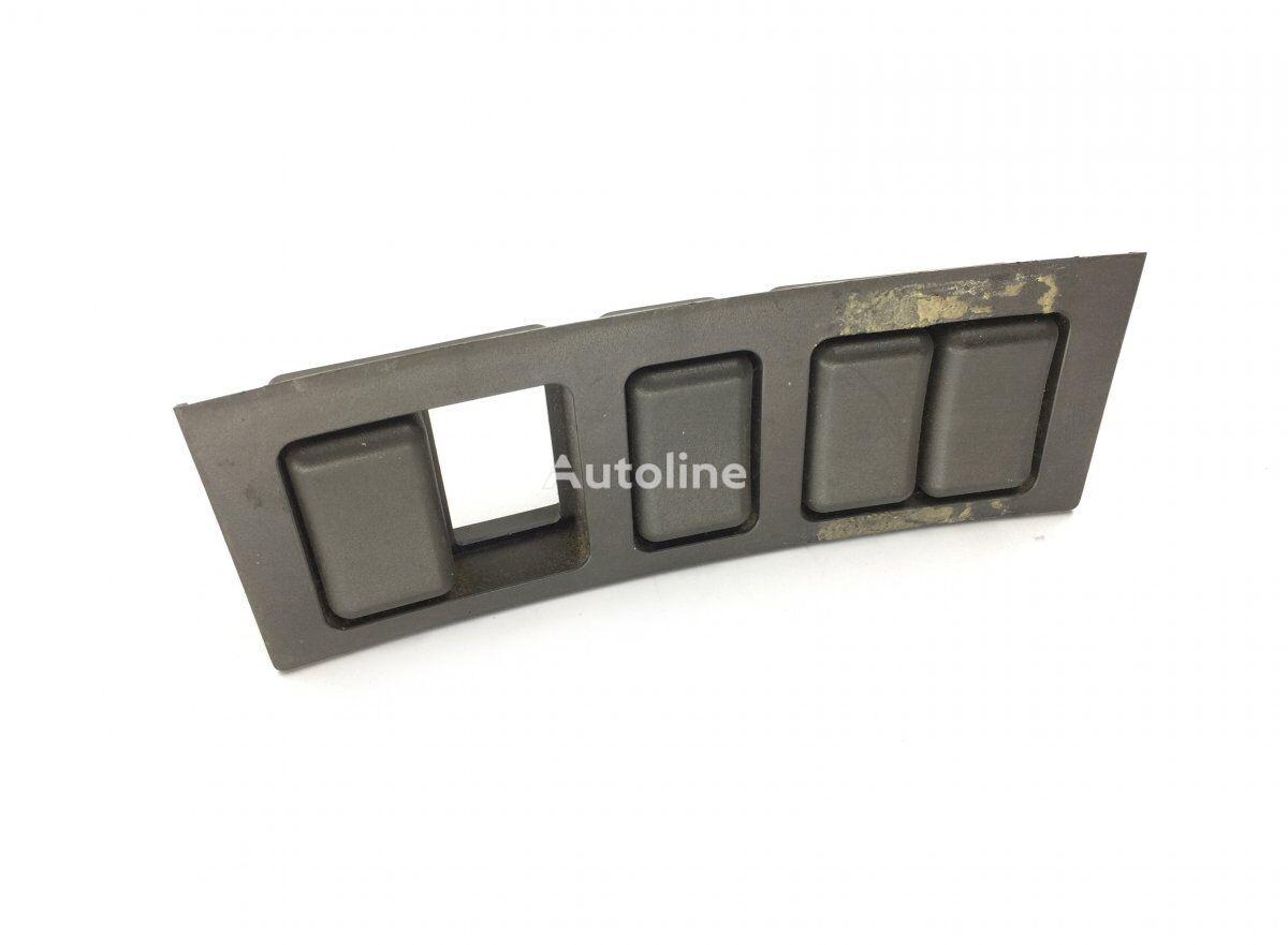 панель приладів VOLVO Dashboard Switch Panel (3175616) до тягача VOLVO FH12 2-serie (2002-2008)